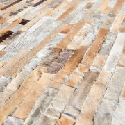 Vloerkleed van gerecycled natuurlijk leer/huid 200 x 300cm.