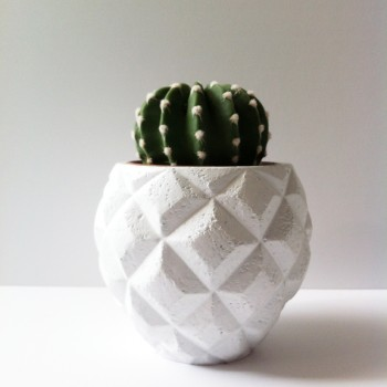 Pot grafisch wit 11,5cm. hoog