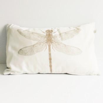 Sierkussen Dragonfly creme/ taupe 30cm. x 50cm.